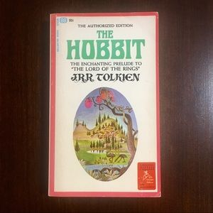 "J.R.R. Tolkien ""The Hobbit"""